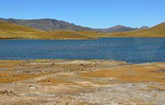 Der See Laguna Lagunillas im Süden von Peru