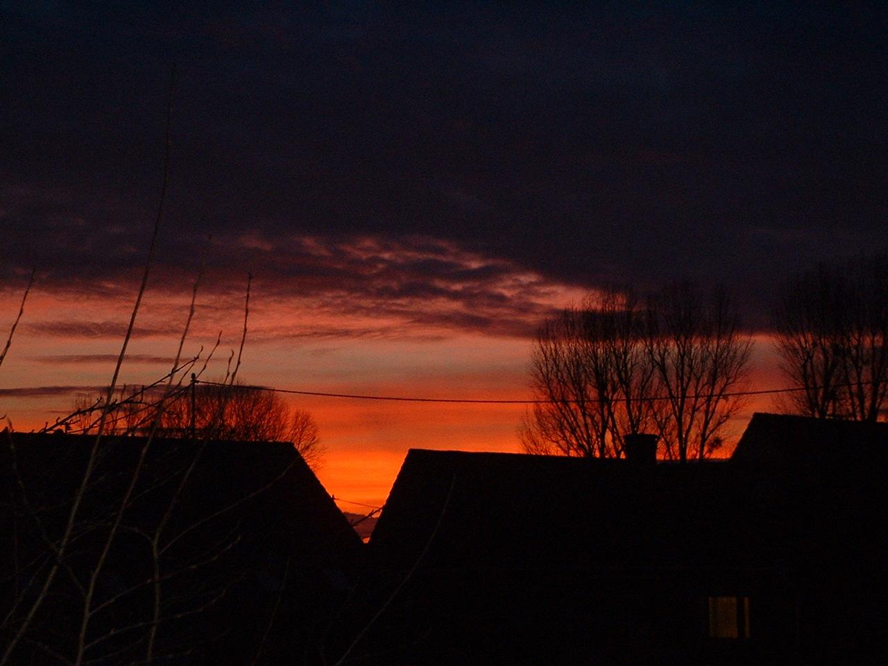 Der Sonnenuntergang verabschiedet sich Jan. 2011