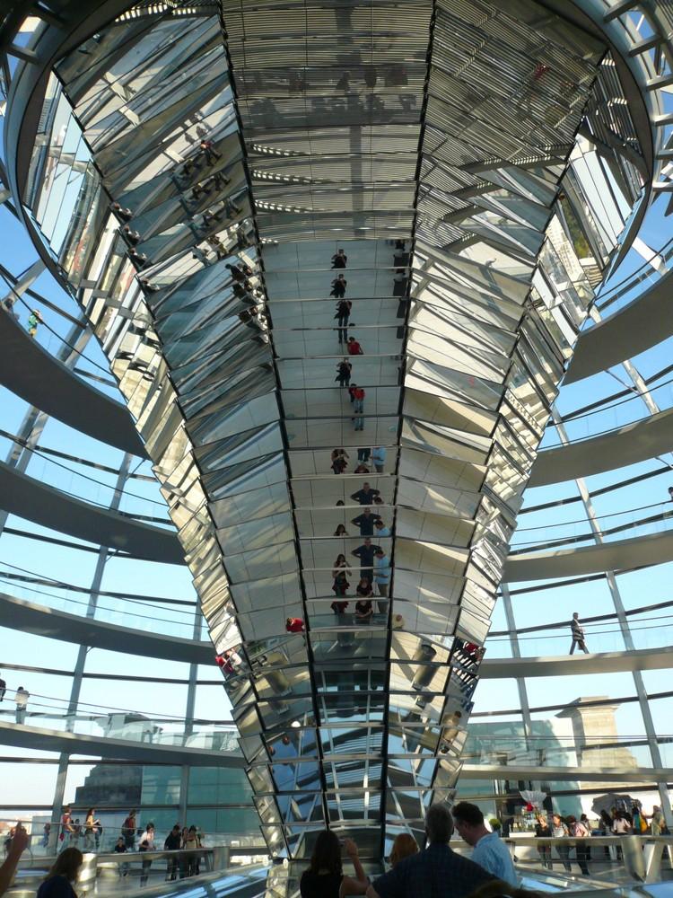 Der Spiegelkelch von berlin Mitte