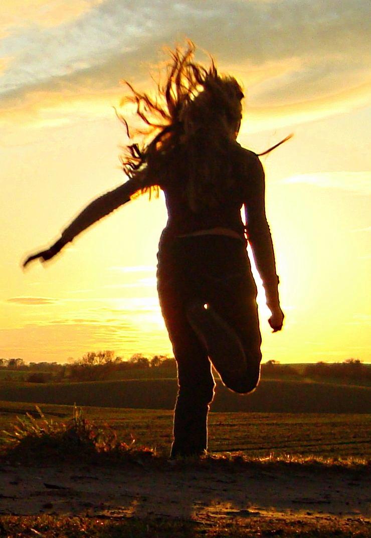 Der Sprung in den Sonnenuntergang
