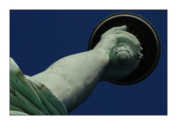 der starke Arm der Freiheit