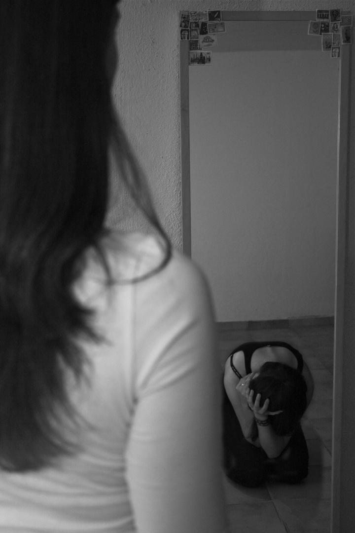 Der Stolz der im Spiegel zerbricht