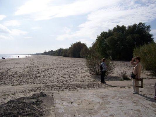 Der Strand ist leer , der Herbst und Winter kommt
