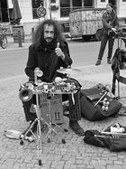 Der Strassen-Perkussionist