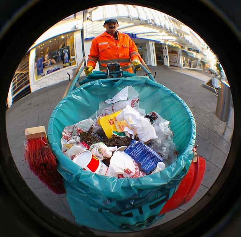 Der tägliche Müll und die guten Geister