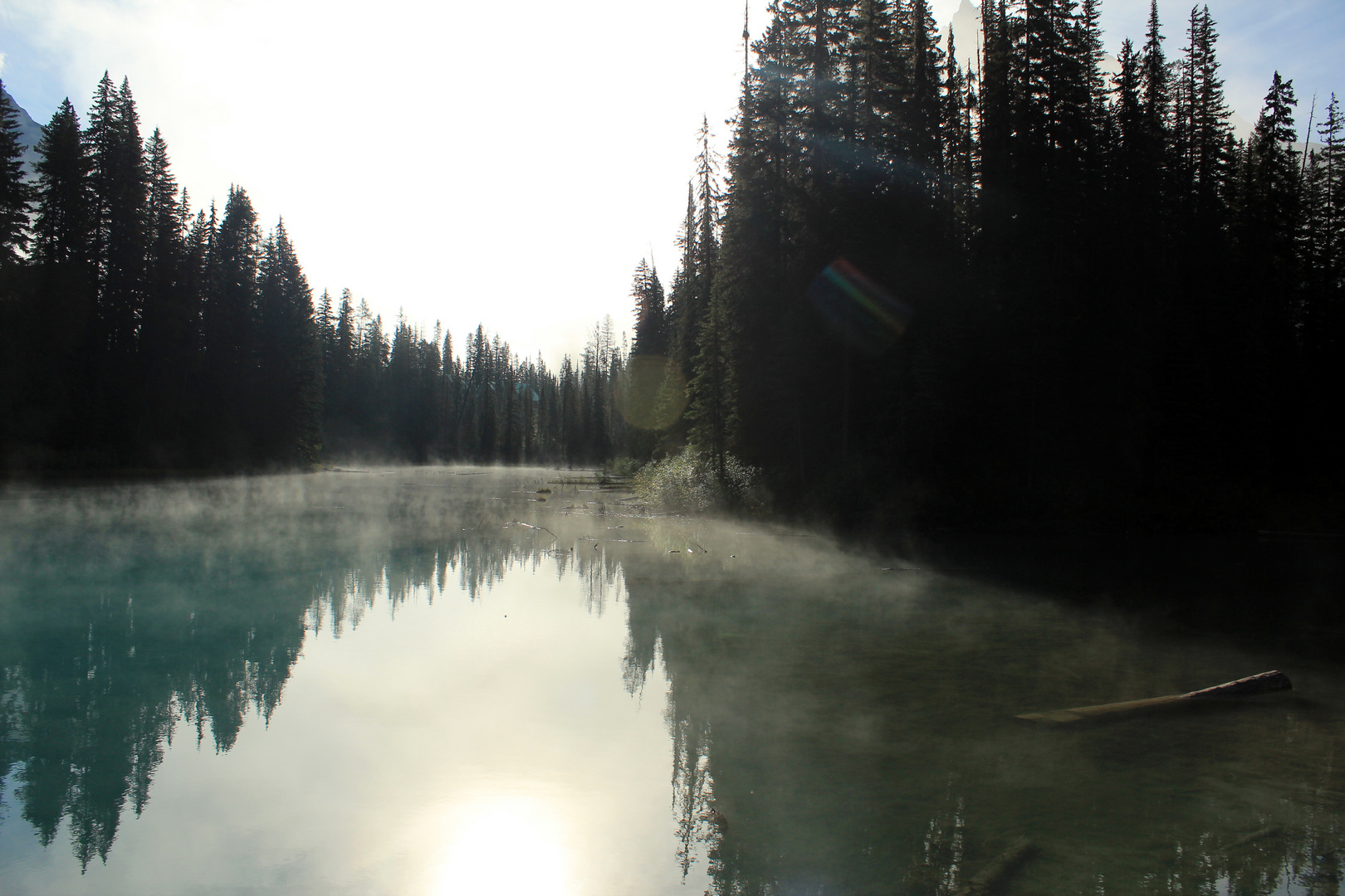 Der Tag erwacht am Emerald Lake