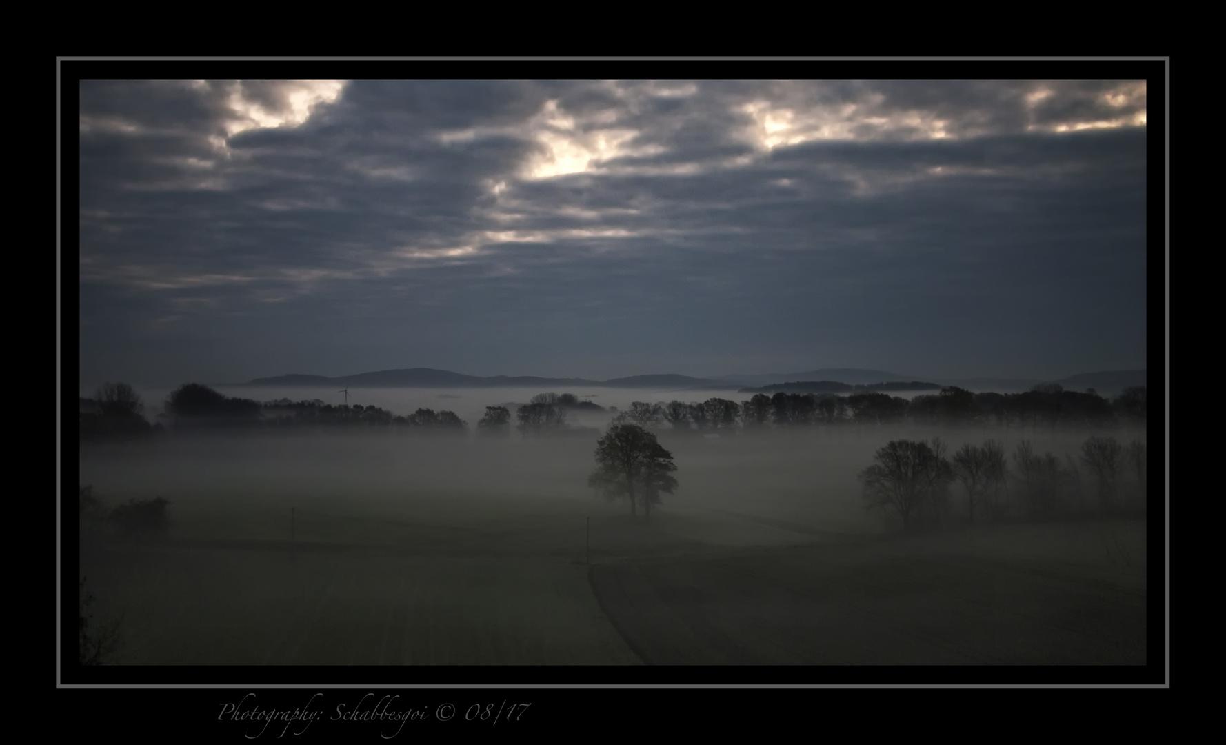 Der Tag vergeht Im Nebelweiss und kommt nie mehr zurück