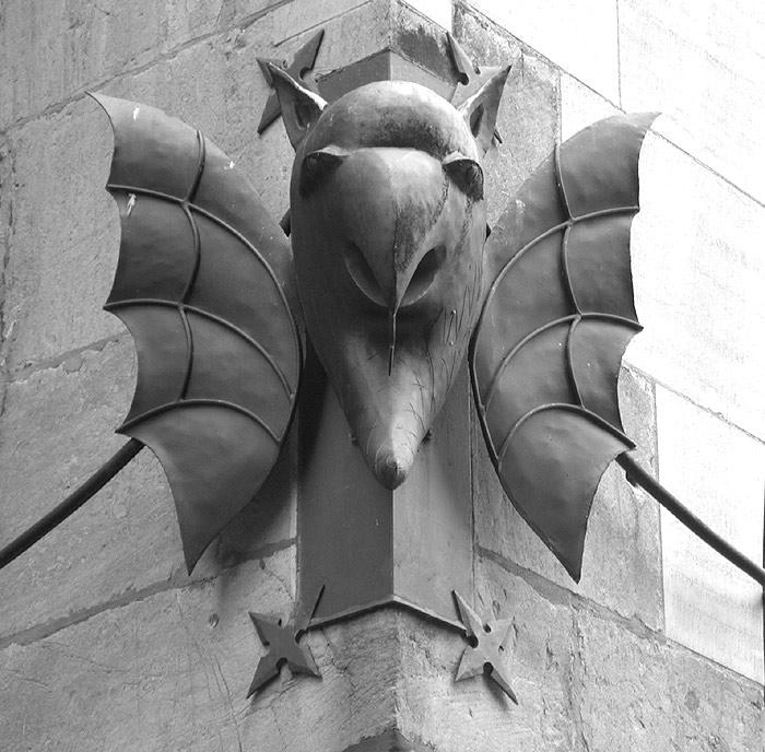 Der Teufel am Aachener Dom?