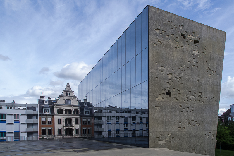 Der titan kubus foto bild architektur auf reisen glas bilder auf fotocommunity - Architektur kubus ...