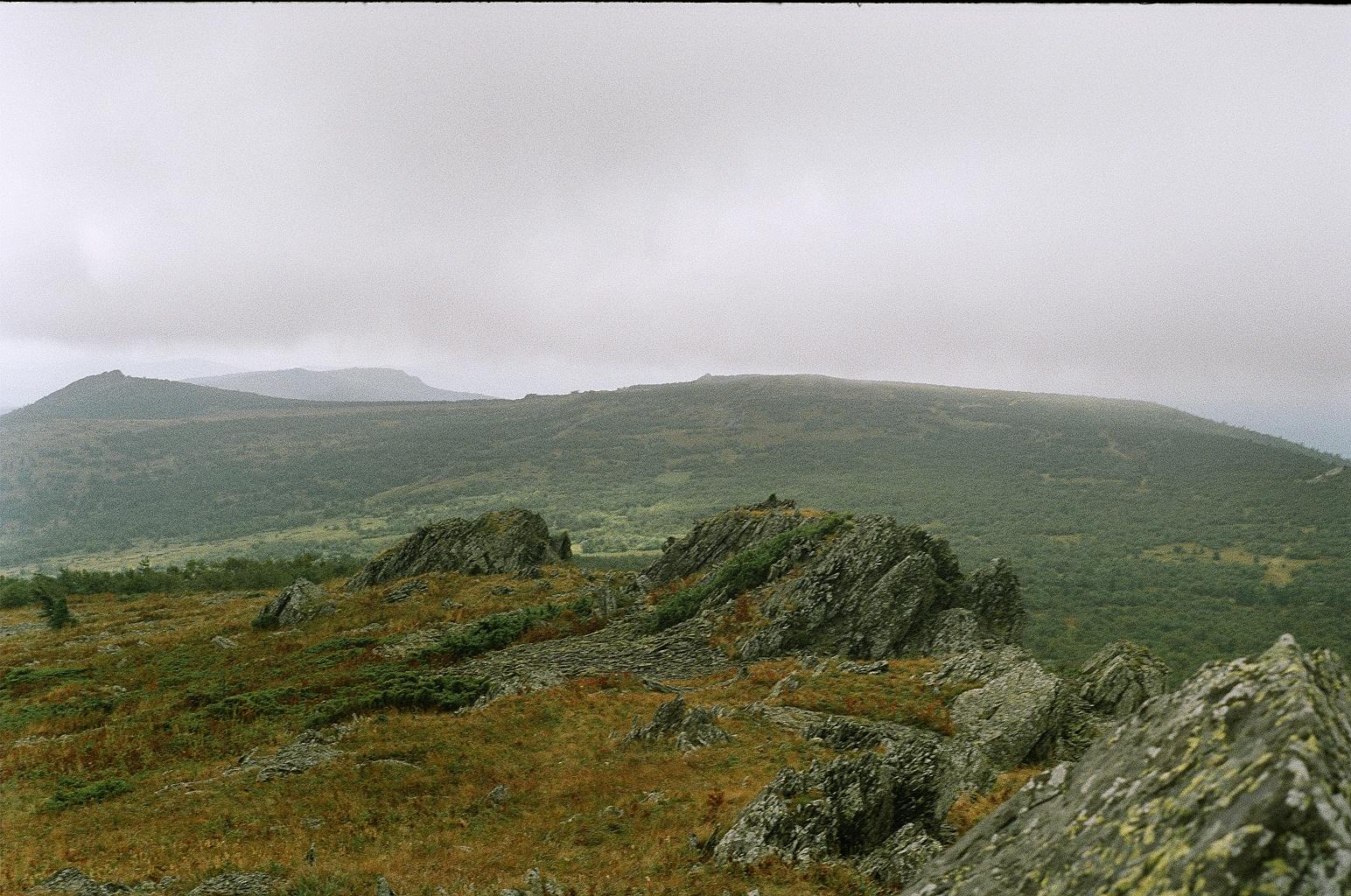 Der Ural im Nebel