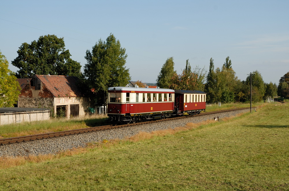 der VT 137 322 auf dem Weg in das Zittauer Gebirge