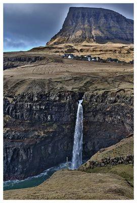 der Wasserfall von Gásadalur