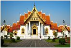 Der Wat Benchamabophit...