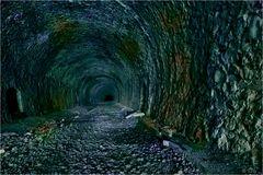 ....der Weg ins dunkle Nichts......
