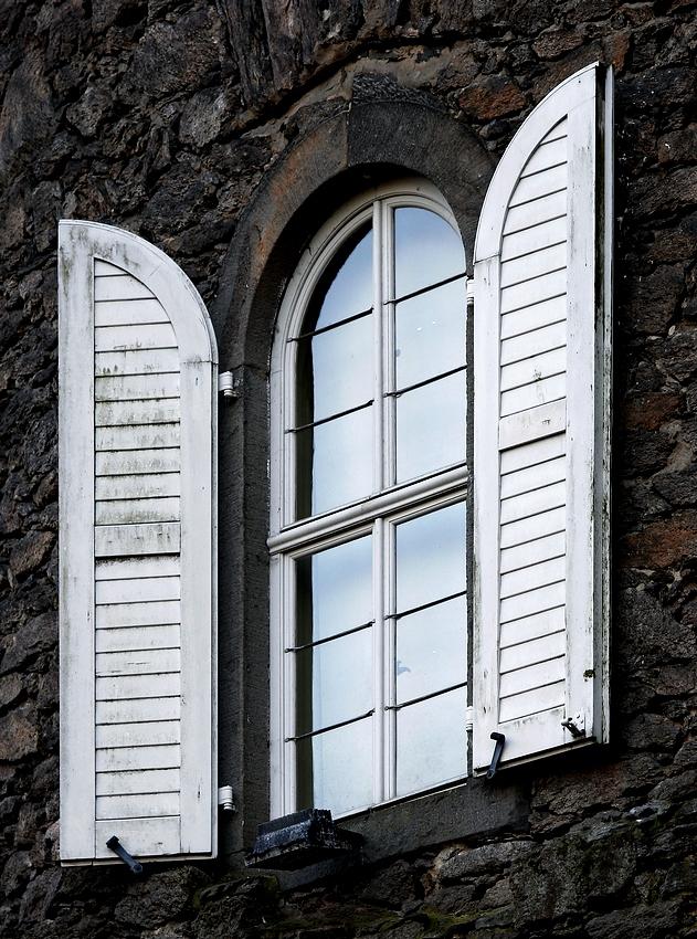 der Weg zu Rapunzel führt durchs Fenster