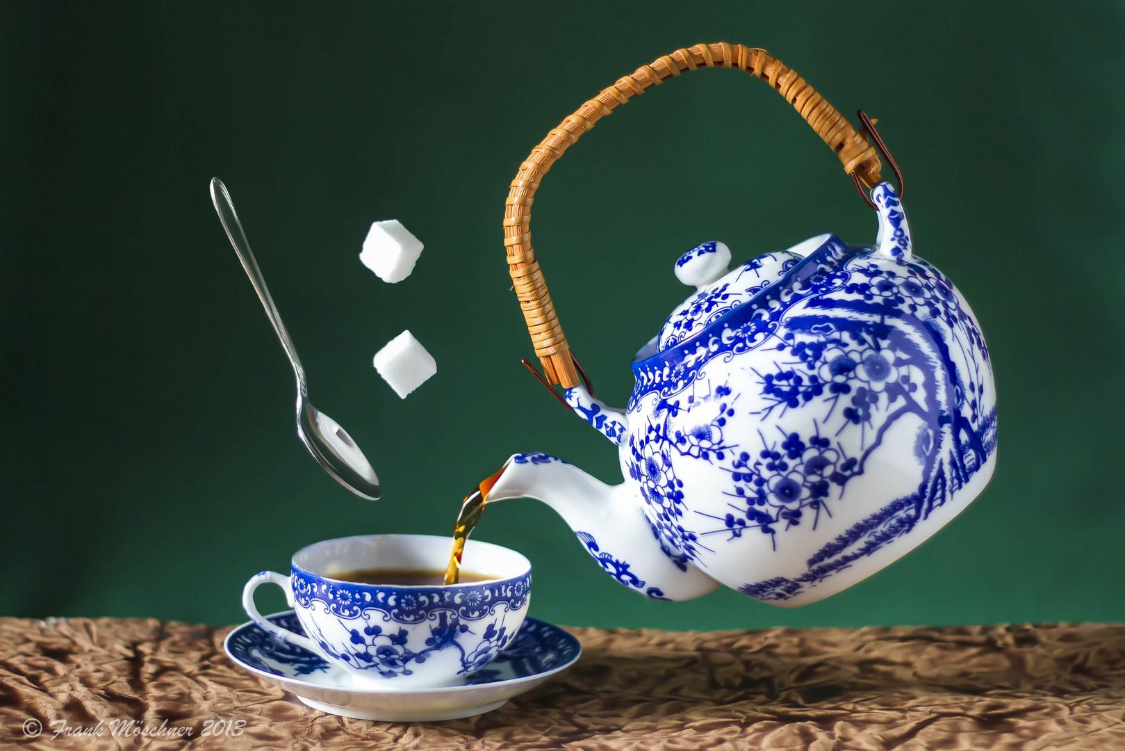 Der Weg zum Himmel führt an der Teekanne vorbei.