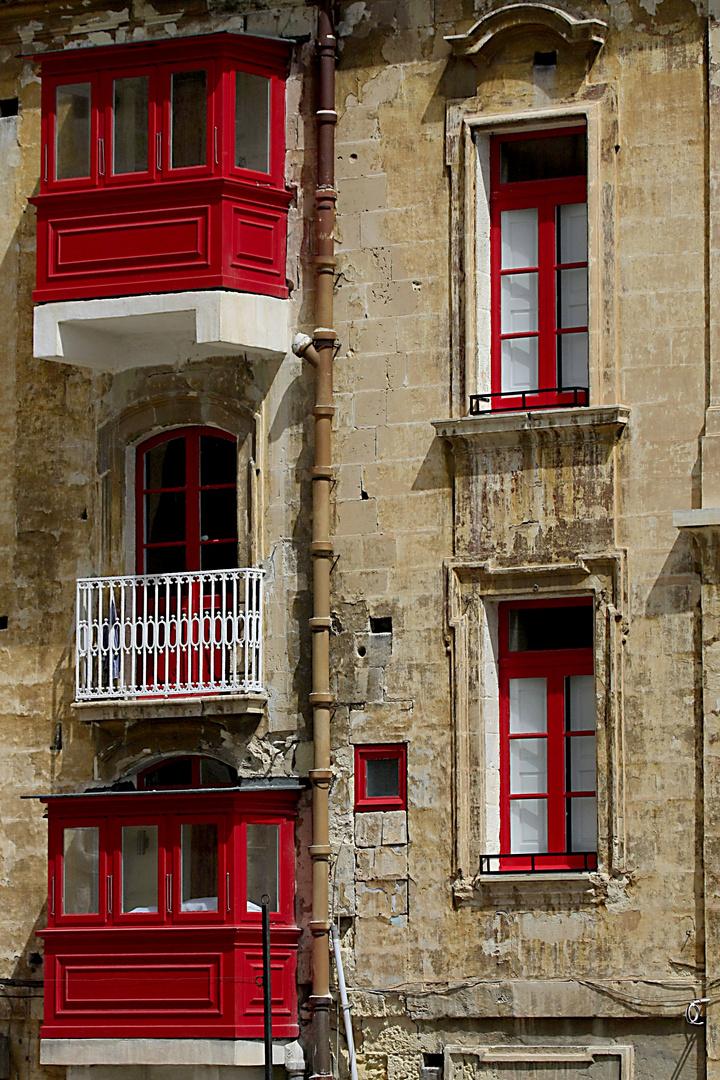 Der weiße Balkon