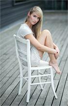 ...der weiße Stuhl...