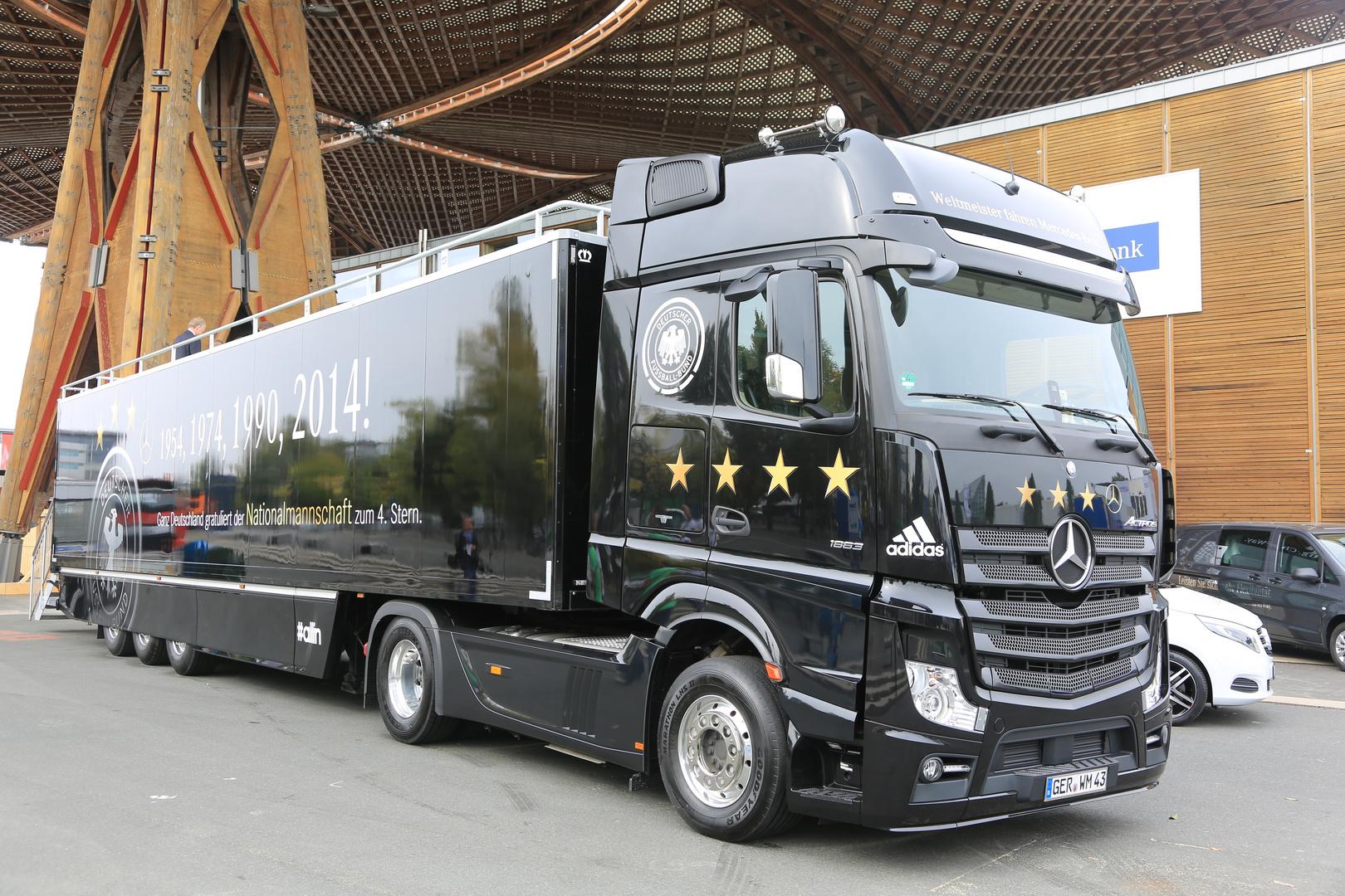 Der Wetmeister Truck von Mercedes auf der IAA