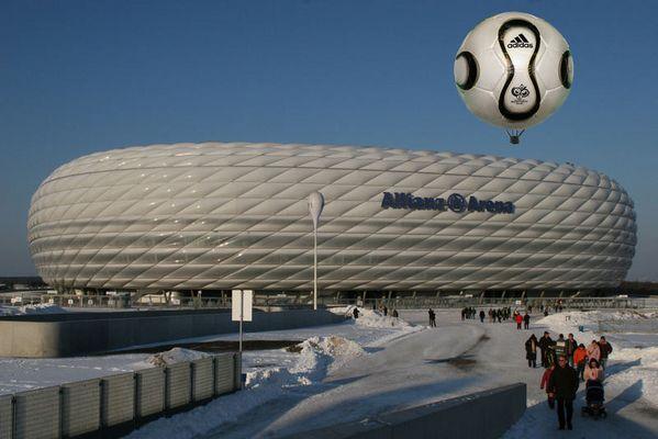 Der WM Ball ist unterwegs.....
