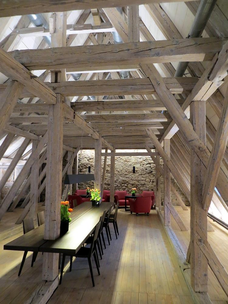 Der wohl älteste, erhaltene Dachstuhl ....