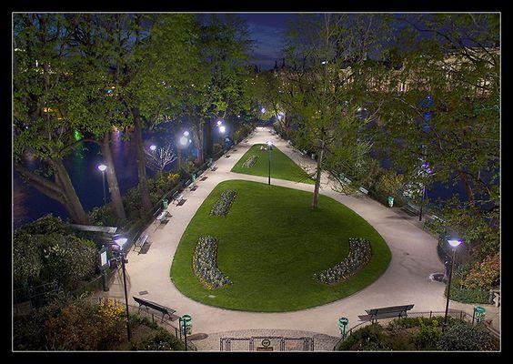 Der wohl kleinste Park in Paris