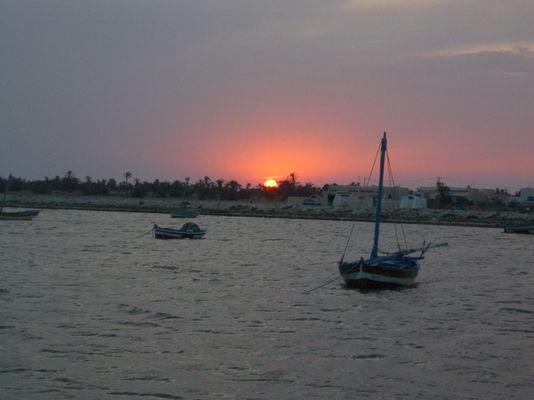 Der Wunderschöne Sonnenuntergang von Kerkennah / Le coucher du soleil merveilleux de Kerkennah