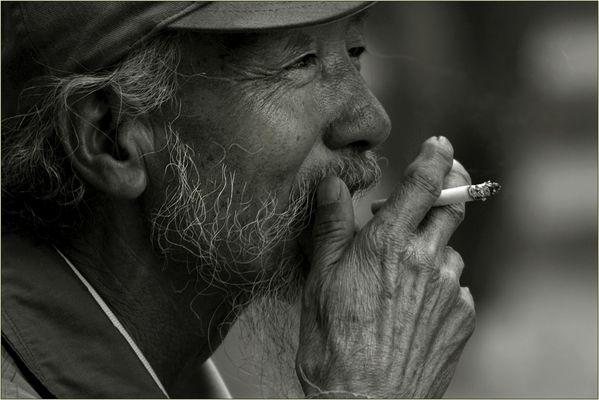 """Der Zigarettenraucher"""