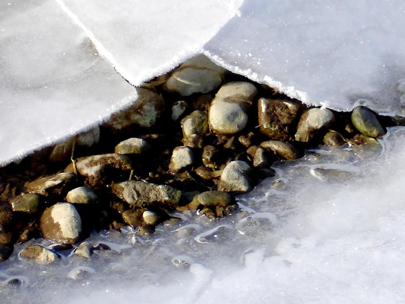 Der zugefrorene See