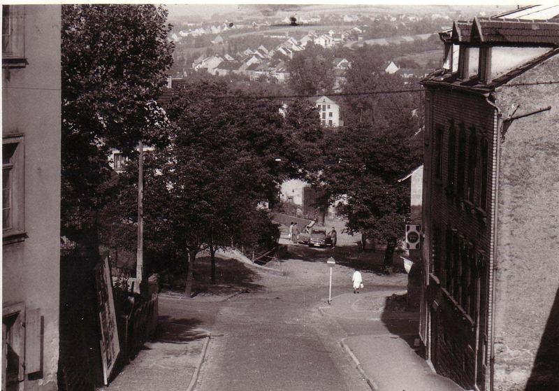 Derler Straße in Püttlingen irgendwann in den fünfziger Jahren