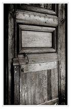 Derrière la porte...