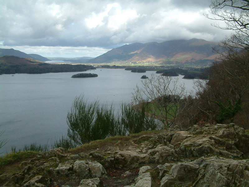 derwent water looking out to bassenthwaite