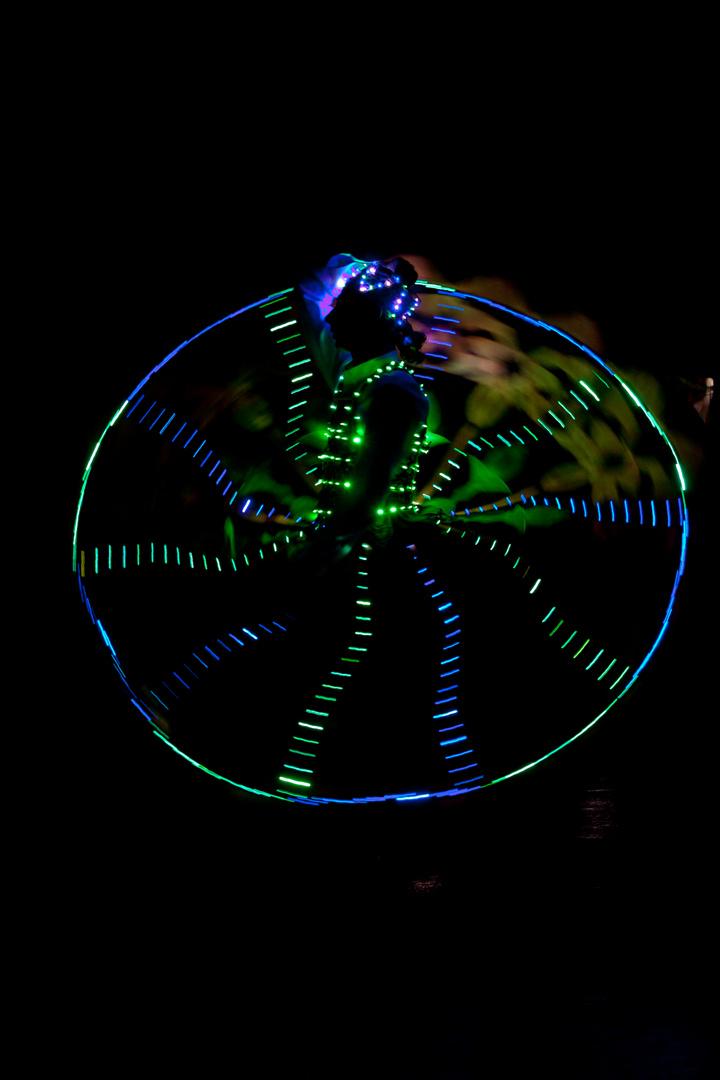Derwisch-Tänzer in der Nacht