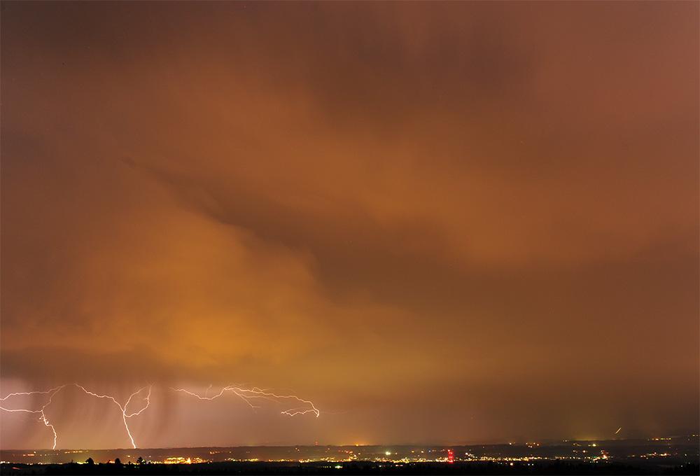 Des éclairs sur Bregenz (Autriche)