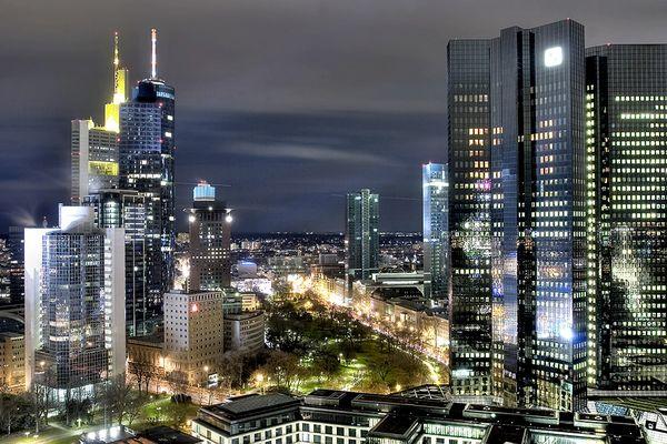 des Nächtens in Frankfurt