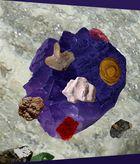 Des pierres colorées 999617