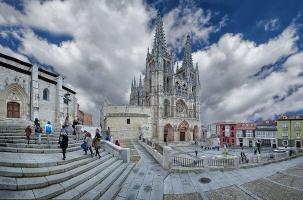 Desde Burgos.....con cariño.