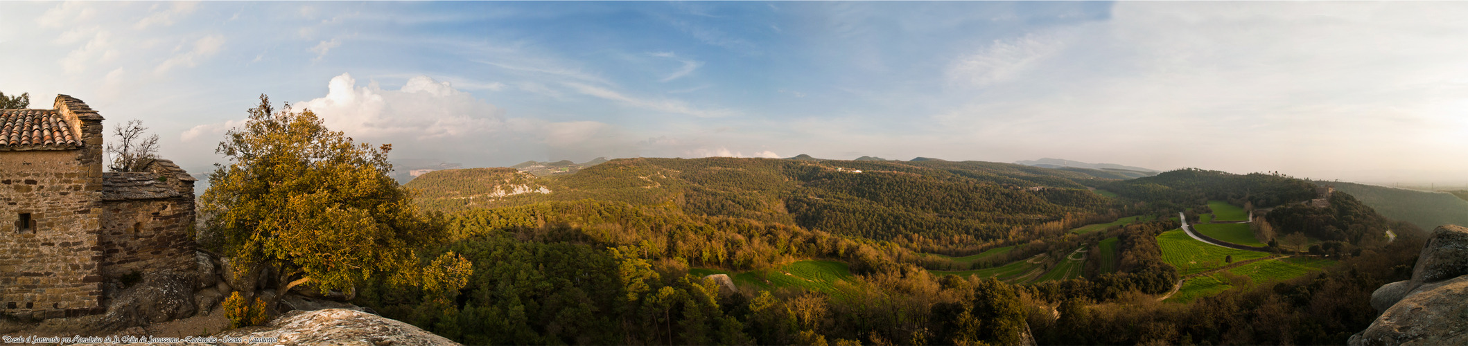 Desde el Santuario pre Románico de St. Feliu de Savassona-Tavèrnoles-Osona-Catalunya