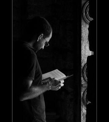 Desde lo Profundo del Libro