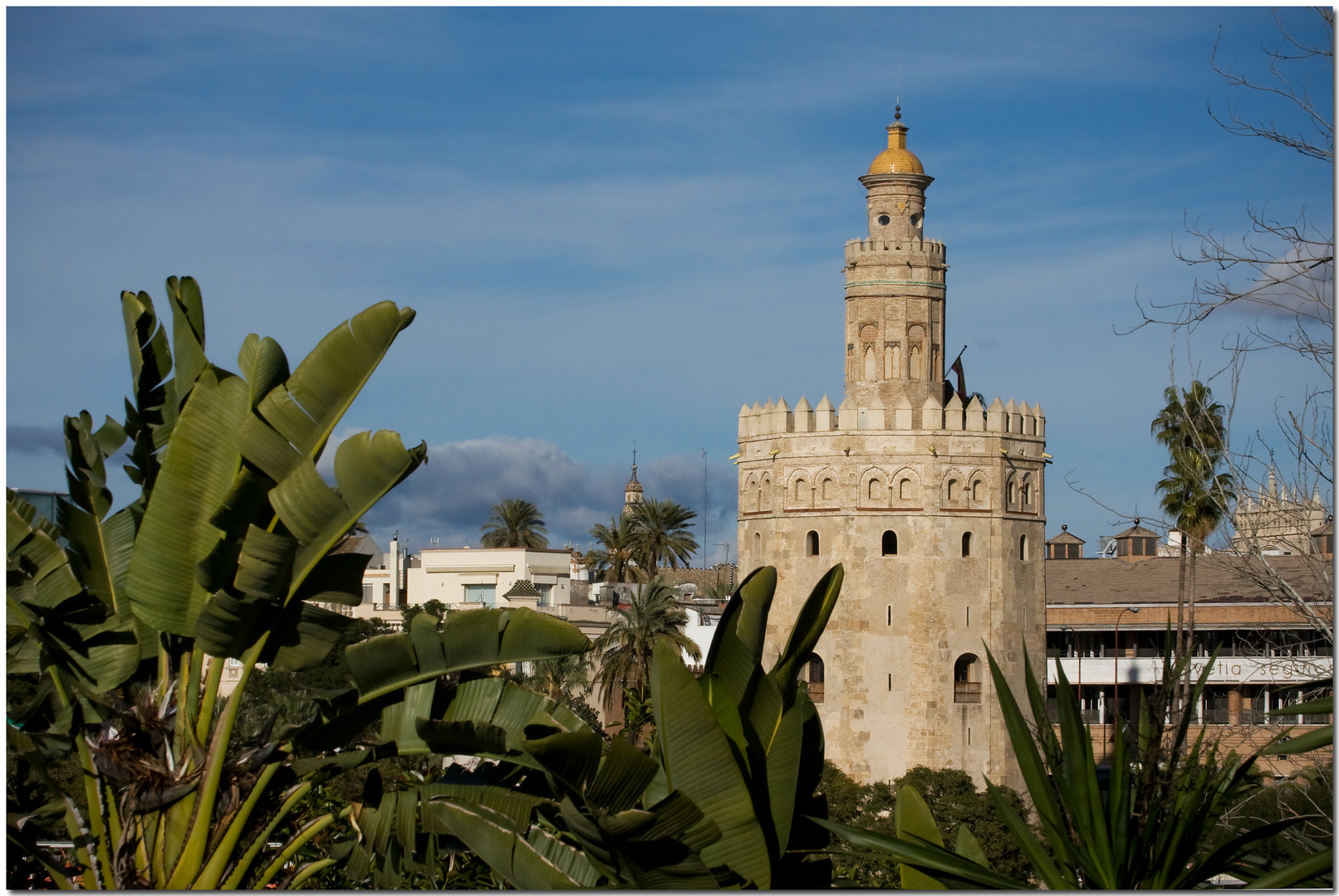 Desde Triana. Sevilla tiene un color especial