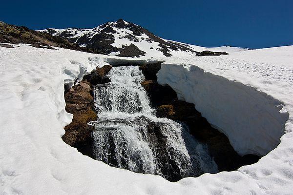 Deshielo en Sierra Nevada