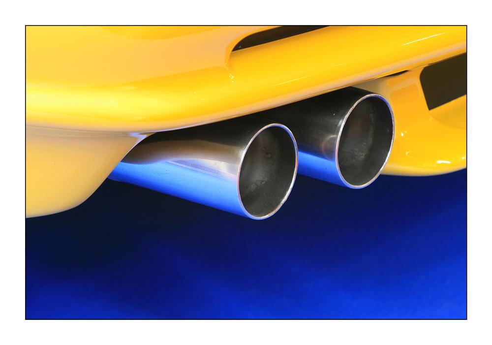 Detail - 04 BMW 850