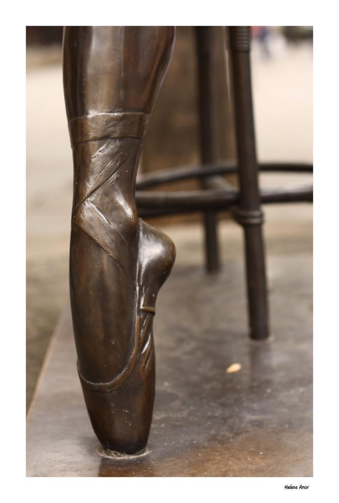 Detalle de bailarina II