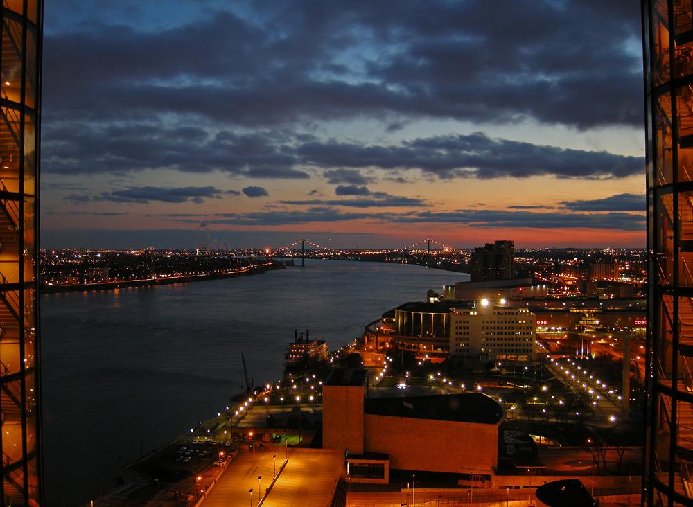 Detroit bei Nacht