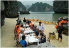 Deutsche Touristen in Halong-Bay Vietnam