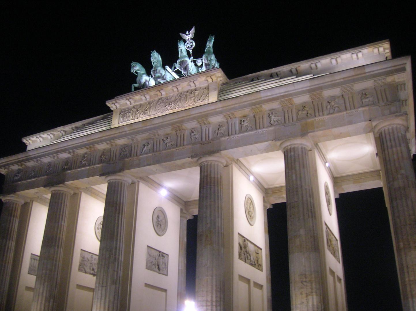 Deutschland - Berlin - Brandenburger Tor.