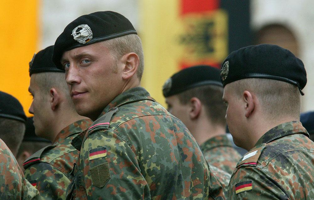 Deutschlandlied 51 / Libanon Friedenstruppe?