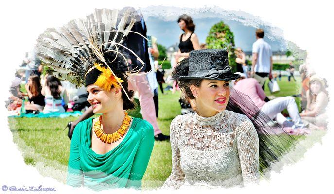 Deux Femmes(photo Gunis Zalmezs)