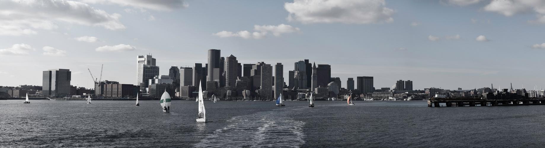 Dezembersonne im Hafen von Boston