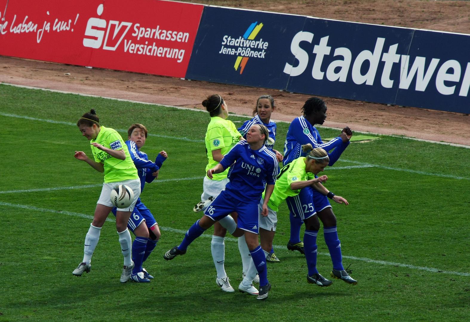 DFB-Pokalhalbfinale FF USV Jena vs. SG Essen-Schönebeck